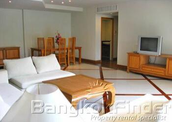 2 Bedrooms, アパートメント, 賃貸物件, Baan Thirapa, 2 Bathrooms, Listing ID 1979, Khwaeng Thung Maha Mek, Khet Sathon, Bangkok, Thailand, 10120,